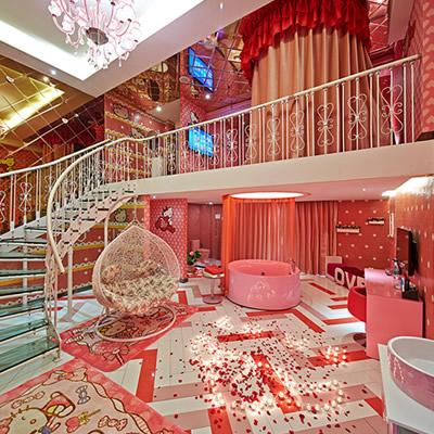 万爱情侣酒店-郑州曼哈顿店
