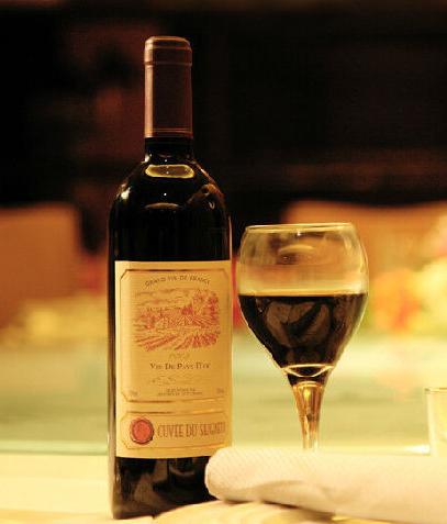 贝灵阁古堡干红葡萄酒