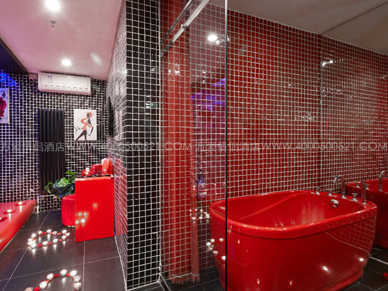 紫竹桥店-红与黑 103-5
